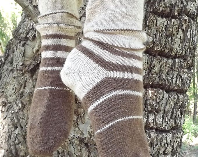 Featured listing image: 1910 Shepherd Socks-Ombre Fawn and Moorit-Women's size 5-7