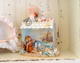 Beach/Seashore Diorama/Shadowbox