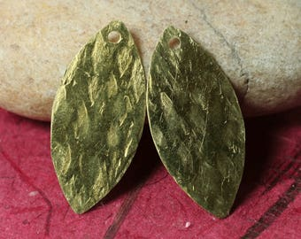 Hand hammered solid brass marquise dangle drop size 26x12mm, 4 pcs (item ID XW02790RBK)