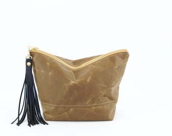 Waxed Canvas Bag - Pouch - Large Zipped Cosmetic Bag - Diaper Pouch - Toilet bag - Cosmetic Bag