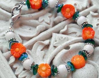 Gardener Gift, Cheerful Orange Daisy Bracelet, Orange Flower Bracelet, Floral Jewelry Gift, Coral Jewelry, Orange Bracelet, Coral Bracelet