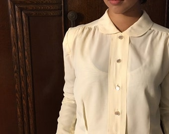 VTG Vintage, Long-Sleeved, 50's Button Down Blouse in Off-White Rayon With Peter Pan Collar
