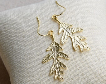 Oak Leaf Earrings, Gold or Silver Oak Leaves, Leaf Earrings, Oak Leaf Jewelry, Gold or Silver Leaves
