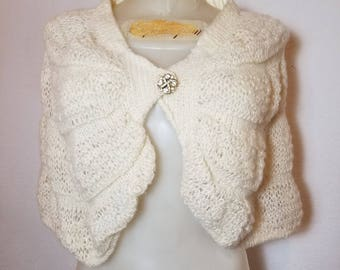 FREE  SHIPPING  Vintage  Mohair  Shrug