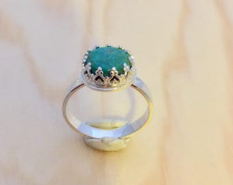 Crowned turquoise size 8 1/2