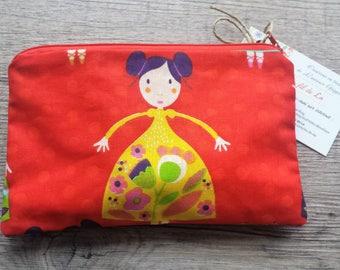 Kit, pencil case, pouch