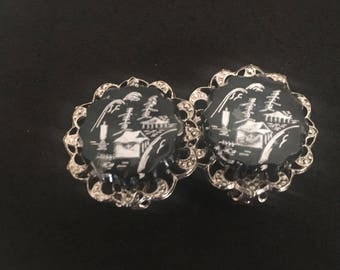 Vintage Earrings Asian Clip on Earrings