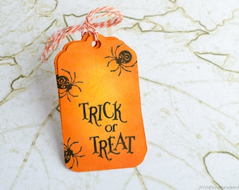 Set of 5 Halloween Treat Tags, Gift Tags, Halloween Gift Tags, Handmade Tags, Favor Tags, Hang Tag, Halloween Tags, Custom Tags