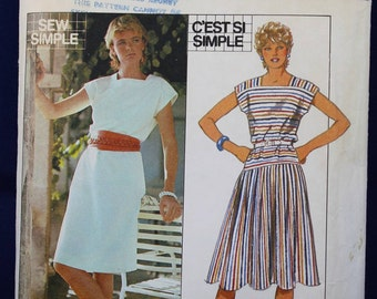 Sewing Pattern for a Woman's Dress in Size 14 - Style 3895