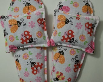 Foot Warmers Flax Seed Sock/Slippers inserts and Toasty Hand Warmers Gift Set Lady Bugs