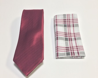 "The ""Wedding Reaction"" Tie and Square Pack"
