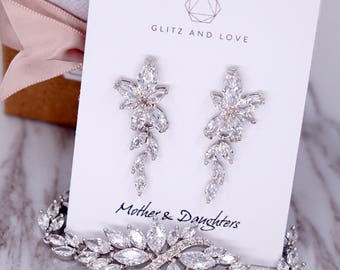 Silver Wedding Bridesmaid Gift Bridal Earrings Bracelet Jewelry Set Brides Clear White Cubic Zirconia Marquise cut Earrings E310 B86