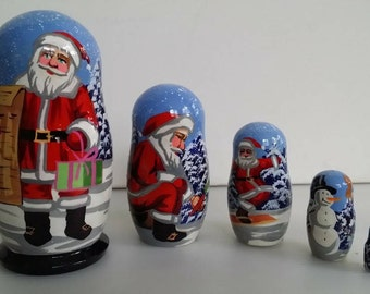 Very nice Santa matryoshka, nesting doll 5 PCs