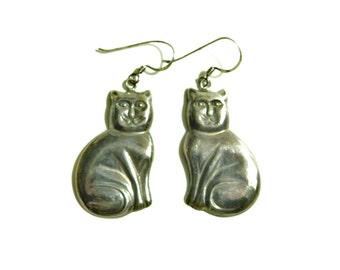 Gunmetal Vintage Kitty Earrings