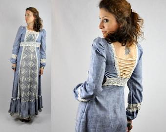 SALE 70s CORSET Dress Gunne Sax Dress Lace Maxi Dress Jessica San Francisco Strings on Back Blue Ivory Rustic Dress Wedding Prairie XXS Xs