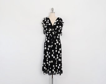 Vintage Polka Dot Knee Length Dress