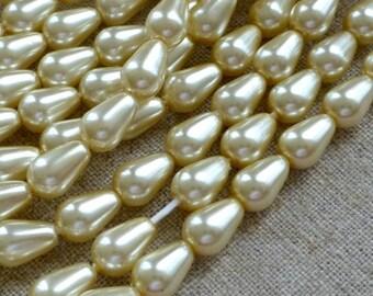 free UK postage - Strand of 50 Glass Pearl Teardrop Beads 9x6mm Cream