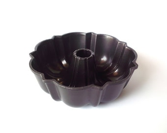 Rare VIntage Mini Bundt Brand Fluted Tube Pan, Bundt Pan, Black