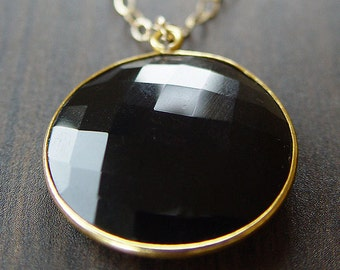 Round Black Onyx Gold Necklace