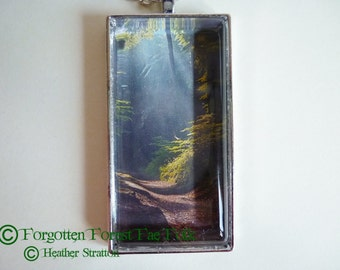 Light on the path necklace