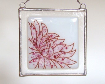 Kiku Flower Fused Glass Suncatcher Light Catcher Pink