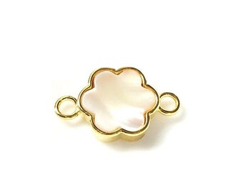 1pc 22K Gold Plated Base Mother of Pearl FLOWER Connector - FLORA 25x14mm-(009-037GP)