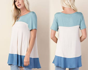Color Blocked Knit Swing Tunic Top