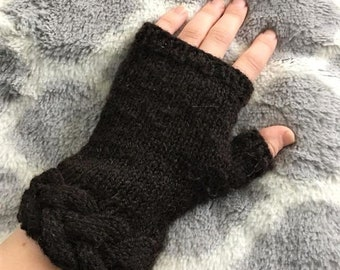 Braided Cuff Fingerless Mitts