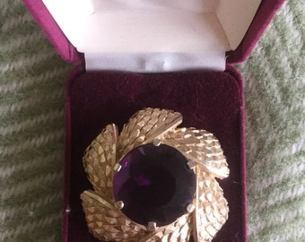 Large Vintage Flower Brooch in Gold and Purple