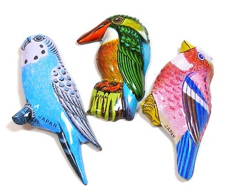 3 Tin Toy BIRD brooches, 60's metal lithograph costume jewelry, made in Japan. Budgie, kingfisher.