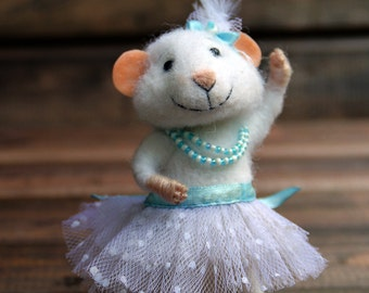 needle felted ballet dancer, ballerina mouse,dancer, felted mouse, felt animal, felt mouse, cute mouse, eco toy, felt mice