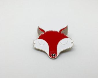 Fox enamel /lapel pin