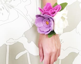 Purple Felt Flower Wrist Corsage, Bridal Flower Wrist Corsage, Wedding Felt Flower Wrist Corsage, Prom Corsage, Shower Corsage