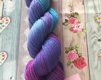 Hydrangea, sock yarn, 4ply, hand dyed yarn, superwash merino, nylon,