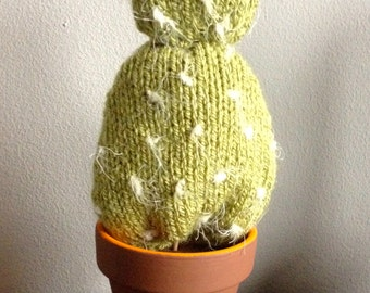 GetWoolly Cactus, succulent, hand knitted, terracotta pot