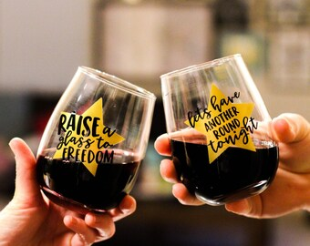 SET of TWO HAMILTON calligraphy inspired wine glasses    Hamilton wine glass set    broadway gift
