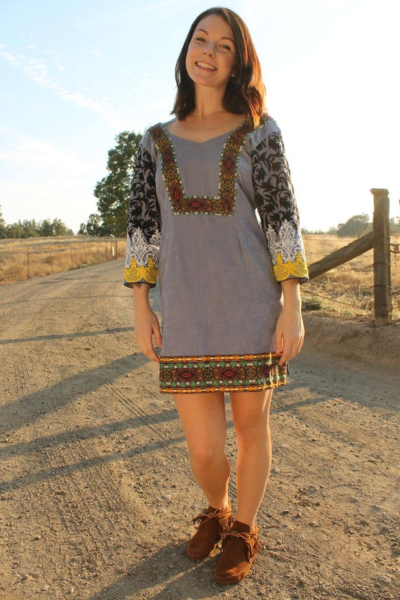 TEMPLE Vintage 90's Tunic Dress Embroidred Sleeve