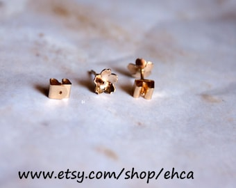 Handmade 6.75mm 14k Gold Cherry Blossom Locking Post Earrings