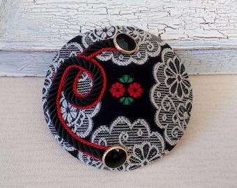 fascinator vintage pattern wih cord