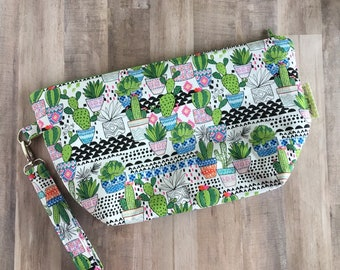 Cactus Project Bag - Cactus Bag - Bag To Hold Yarn - Cactus Wristlet - Cactus Zip Pouch - Cactus Zipper Pouch - Cacti Tote - Cactus Lovers