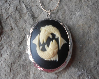 Cameo Locket!!! Pisces the Fish, Astrology!!! High Quality!!! Fish, Fishes, February Birthday,March Birthday