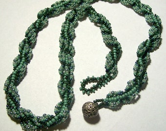 Green Beadwoven Spiral Stitch Necklace with Silver and Light Green Accents by Carol Wilson of Je t'adorn
