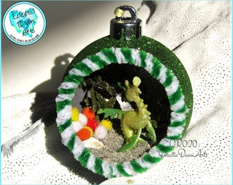 Funky Seahorse Ornament, Seahorse Mini Diorama, OR020, Green Glitter