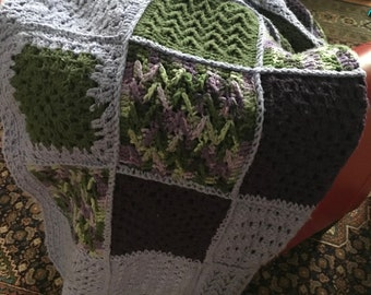 Multi-Colored Full-Sized Throw Blanket