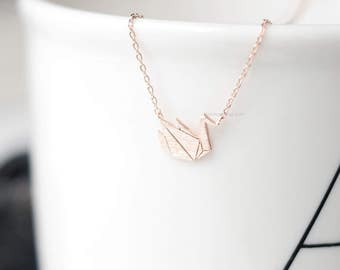 rose gold origami swan Necklace , Paper swan necklace, necklacse for women, Gift ideas / wedding gifts / bridesmaid gifts