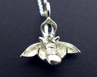 Ophrys Bee Orchid Pendant - Botanical Necklace - Botanical Necklace - Science Jewelry - Orchid Flower - Nature Jewelry - Wedding Jewelry