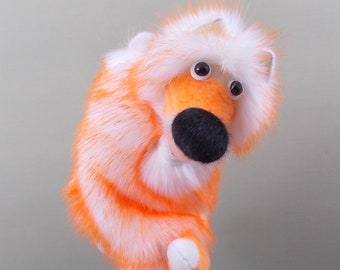 Fox. Bibabo. Toy on hand. Toy glove. Puppet theatre. Marionette.