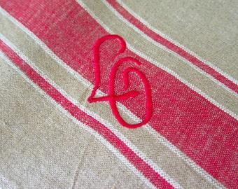Manglecloth - Linen Table Runner with Monogram LG