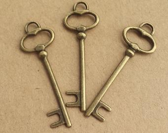20 pcs 14x40mm Antique Bronze key Charm, Antique keys Pendant ABk020