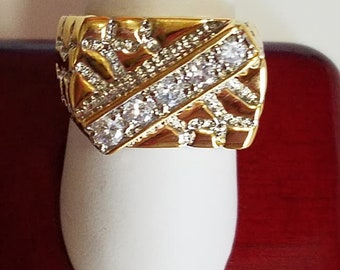Men's Gold Plate ring with cubic zirconia. Size 9